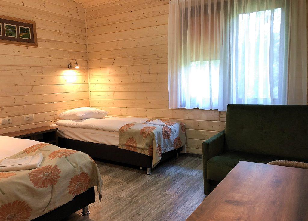 Spływ kajakowy opcja Komfort bungalow szot.pl